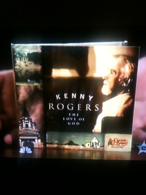 Kenny Rogers and The Roots singing The Gambler on Late Night with Jimmy Fallon. (Comedy Channel)